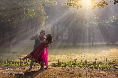 Best Pre Wedding Shoot Locations in Delhi, and You and Her with Them Getting Shot