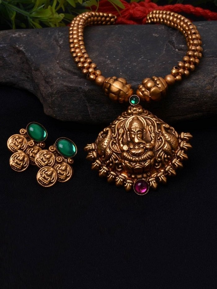temple jewellery for bride