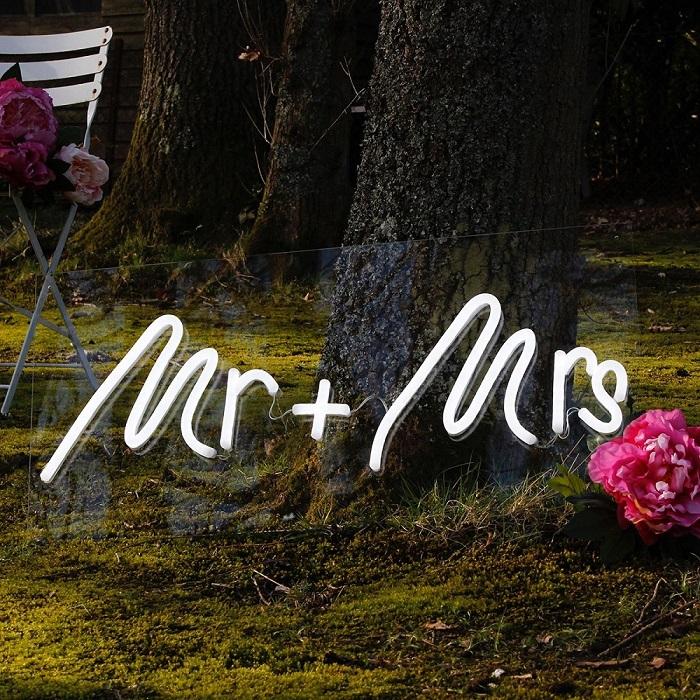 Mr & Mrs LED Decor Ideas
