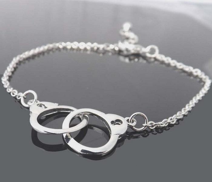 bracelets for bridesmaids on wedding