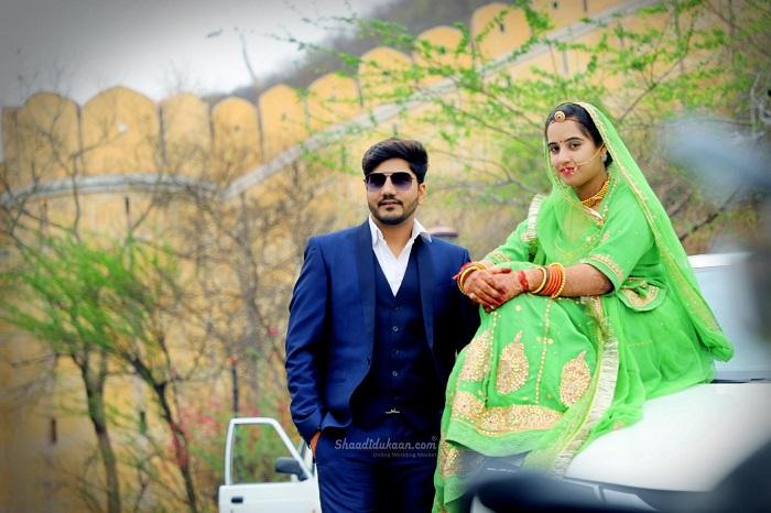 Traditional Wedding Couple pose ideas