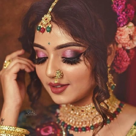 9 Sassy Bridal Eye Makeup Styles To Flaunt At Your We...