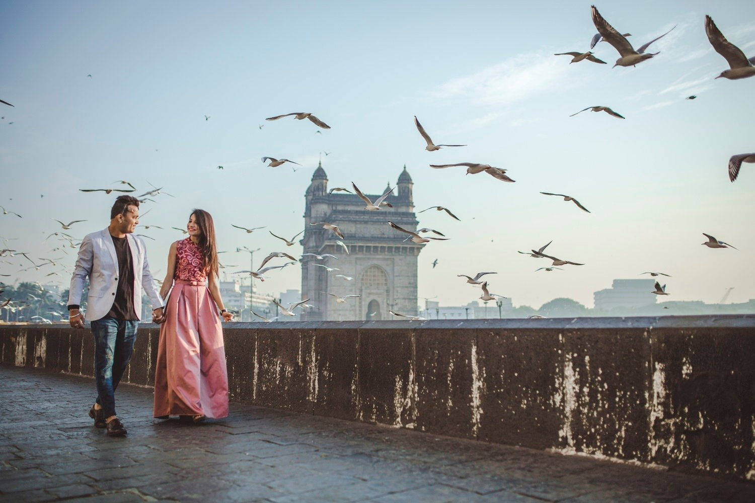 Offbeat & Romantic Pre Wedding Destinations in Mumbai To Capture Your Fairytale Love Story