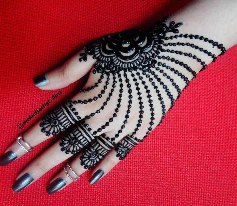 Rose String Mehendi Design For The Back Of The Hand