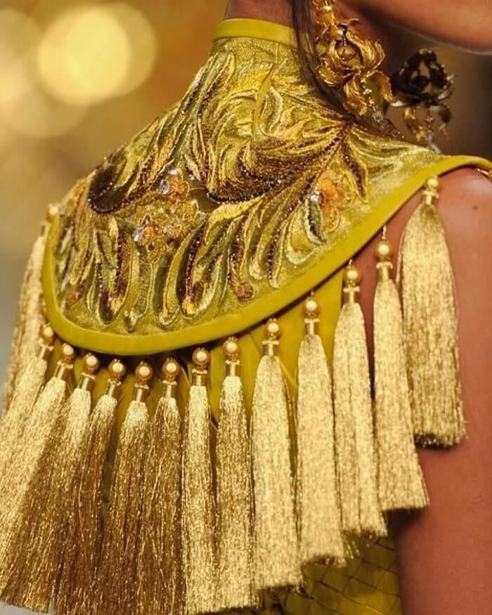 Shimmery Golden Tassel Latkan