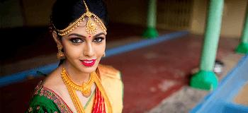 Bridal Bindi: 8 Latest Eye Catching Bindi Design To Flaunt At Your Wedding