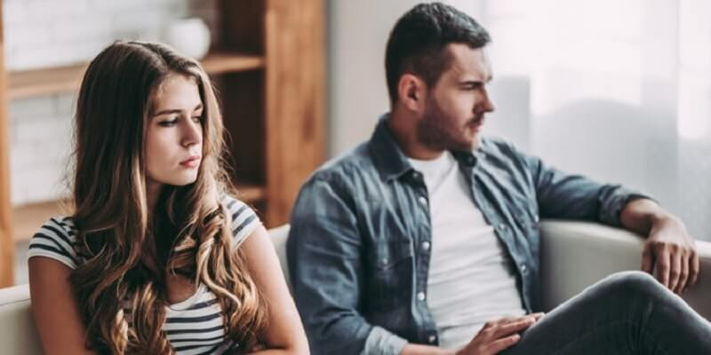 6 Effective Ways to Deal with Newlywed Over Possessive Spouse