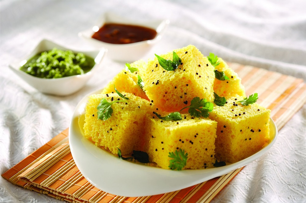Lip-Smacking Gujarati Wedding Dishes That Are Quintessential At a Gujju Wedding!