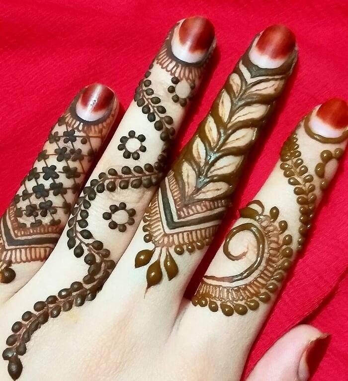 heart shaped finger mehndi designs