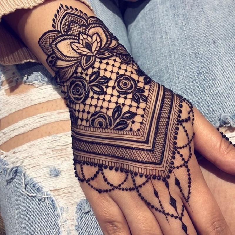 Jagua Rose Moroccan Big Jaali Mehendi Design For The Back Of Your Hand