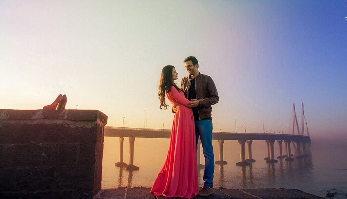 marine drive pre wedding photoshoot