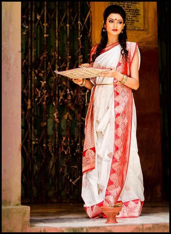 Atpouri Shari from Bengal