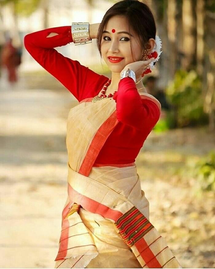 Mekhala Chadar From Assam