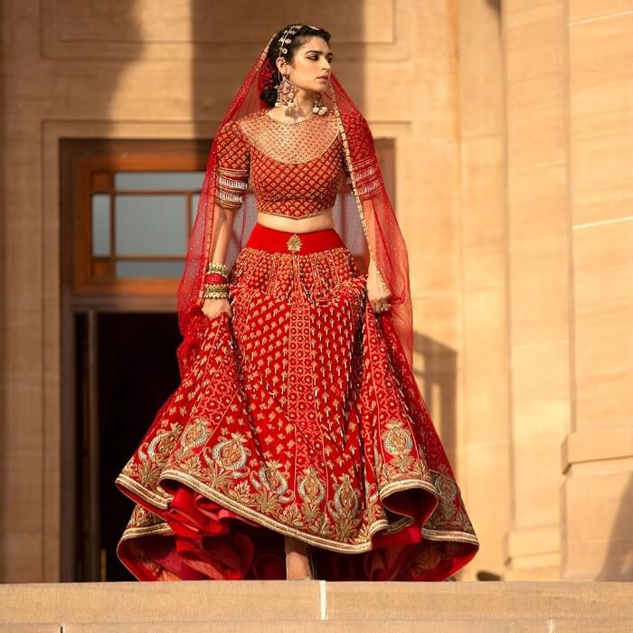 Bloom New Sensational Bridal Couture By The Famous Tarun Tahiliani