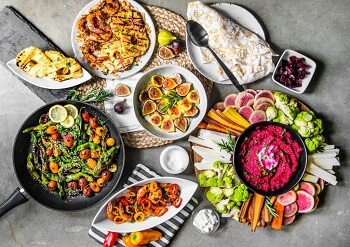 Catered By Count: 15 Low-Calorie Food Ideas For Wedding Menu