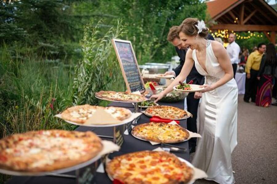 7 Types of Foodies You Will Spot At Indian Weddings