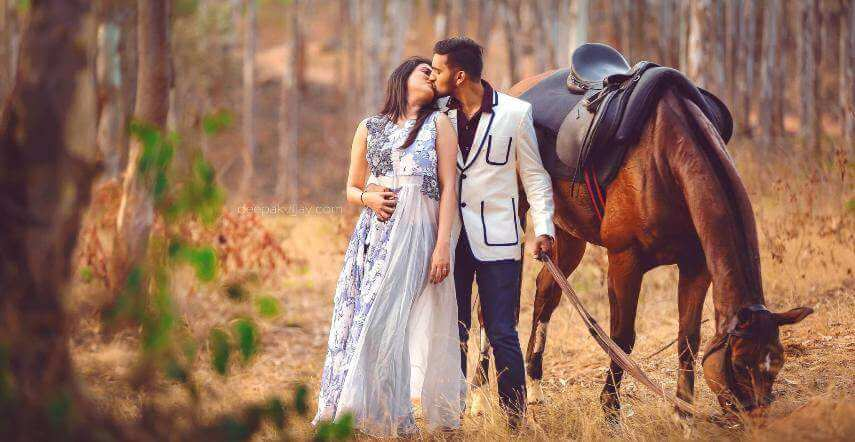 Beautiful Pre Wedding Shoot Ideas That You Definitely Like