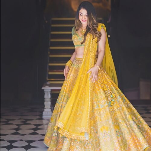 15 Beautiful Haldi Dresses By Popular Designer Anita Do...