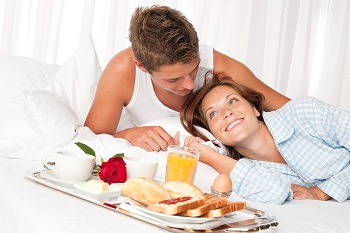 11 Ways To Surprise and Woo Your Wife-to-be Before The Wedding Day