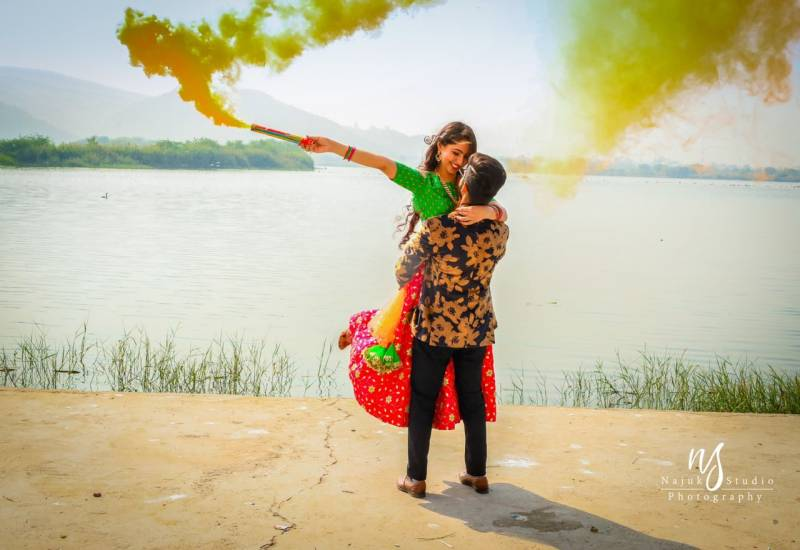 Beautiful Pre Wedding Shoot Ideas That You Definitely Like