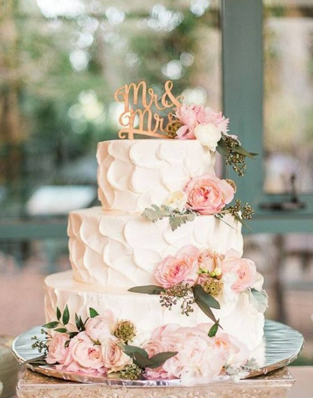 #5 Important Things To Keep In Mind Before Finalizing A Wedding Cake
