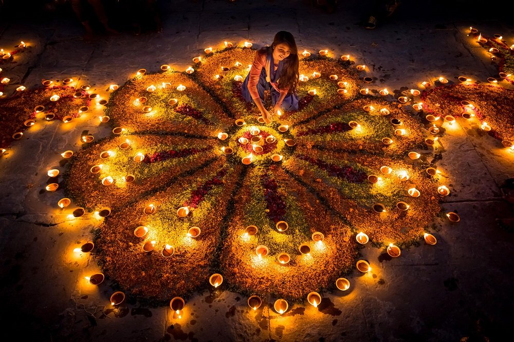 Want to Leave An Ever-Lasting Impression? Try Out These Ideas For First Diwali After Marriage To Mark Your Presence