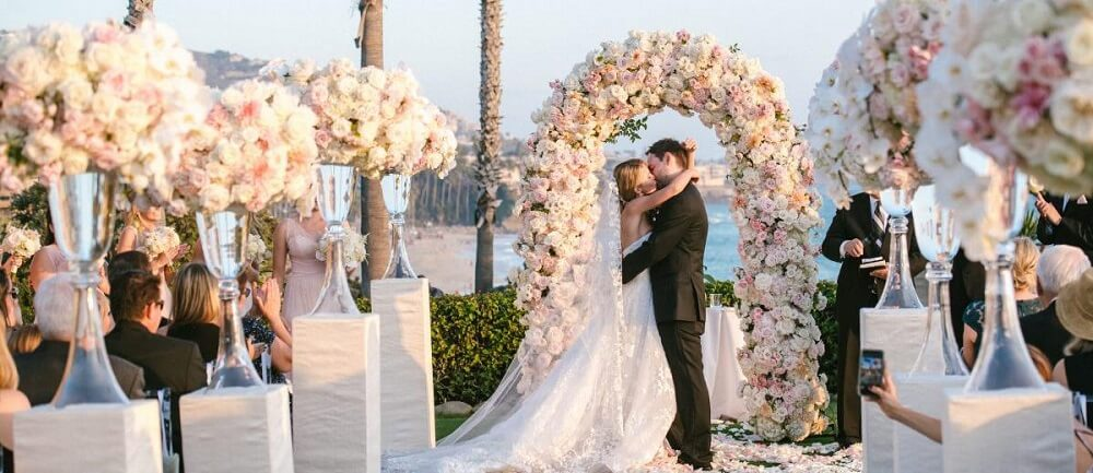 Trend Forecast: Spellbinding Wedding Trends That Will Stand Tall In 2020