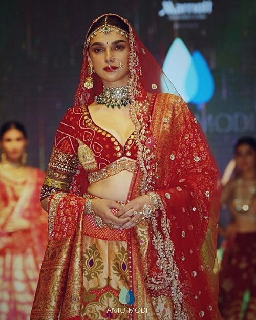"Aditi Rao Hydari Turned Showstopper For Anju Modi  Showcasing Her Latest Bridal Collection ""Laal Sindoori"""