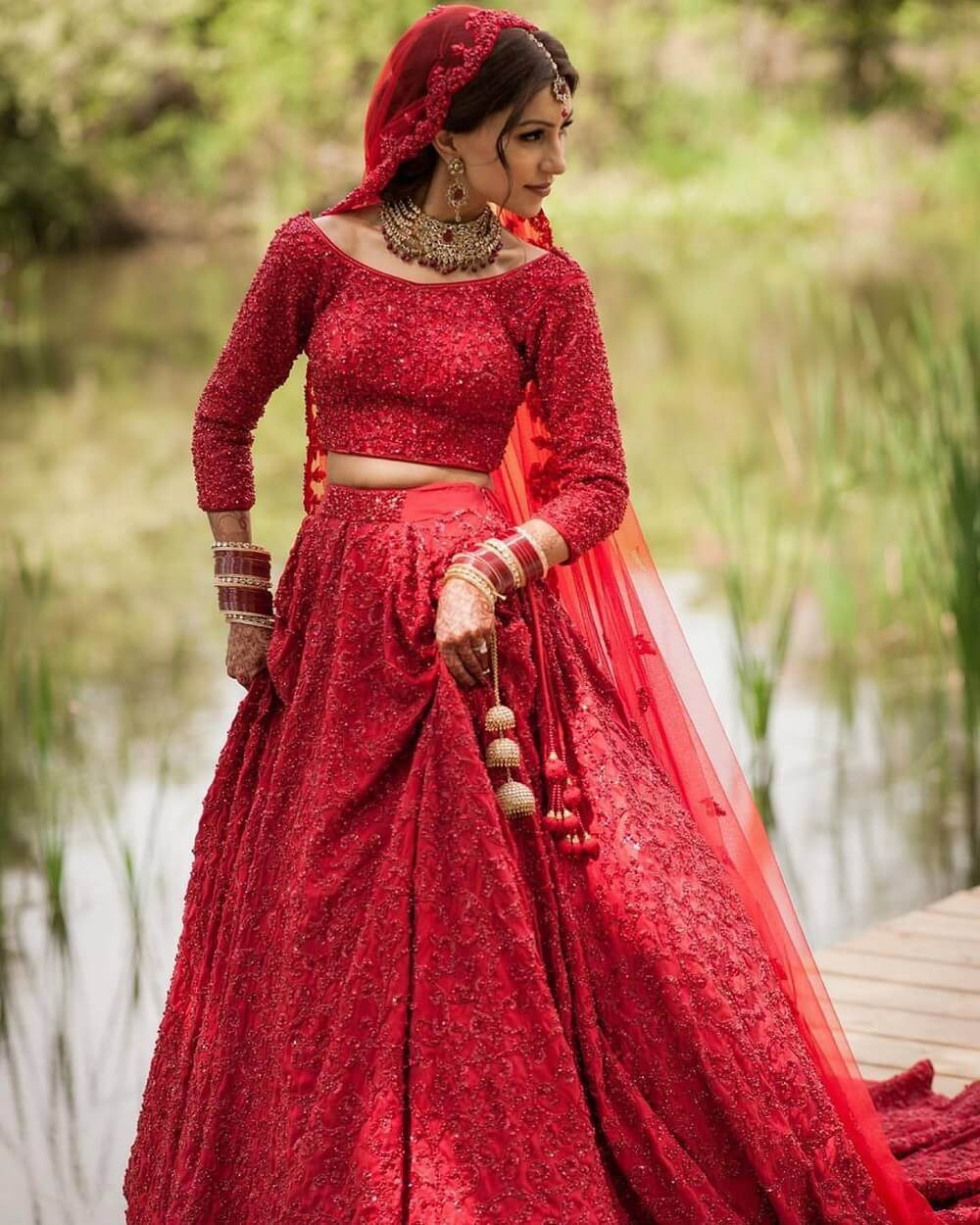 12 Majestic Blouse Designs For Winter Brides To Elegantly Flaunt This Wedding Season