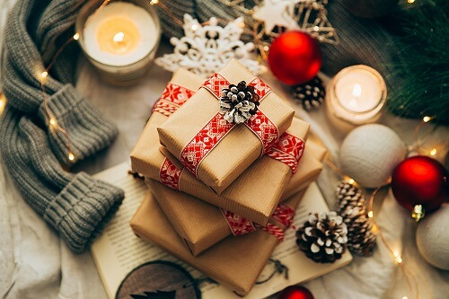 Spreading Christmas Joy: 50 Perfect Christmas Gifting Ideas For Newly Weds