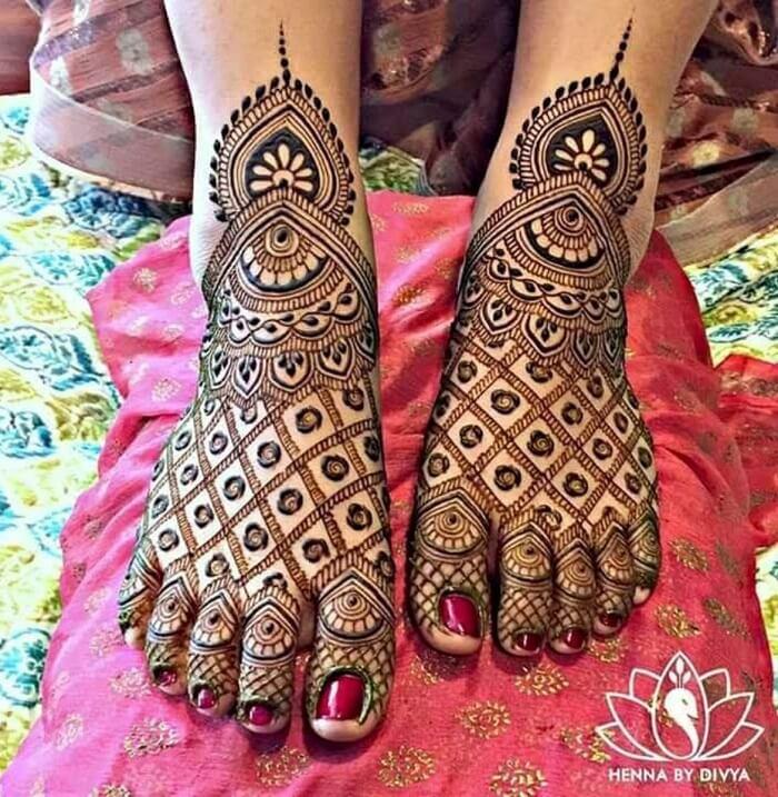 Jaali Design In Mehndi