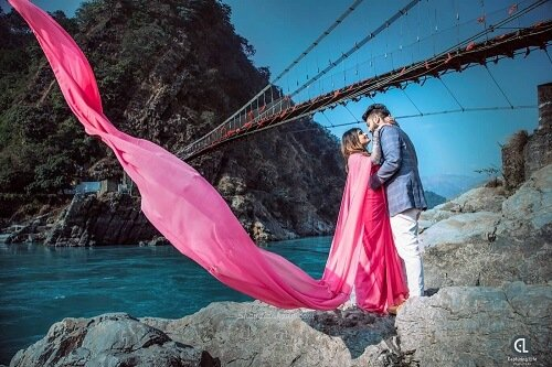 Experience The Nature At Its Best: Travel Your Way For Amazing Pre-Wedding Shoot In Kasauli