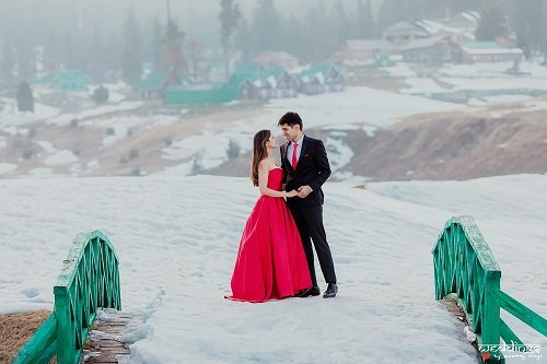 10 Charismatic Pre-Wedding Shoot Locations in Shimla to...