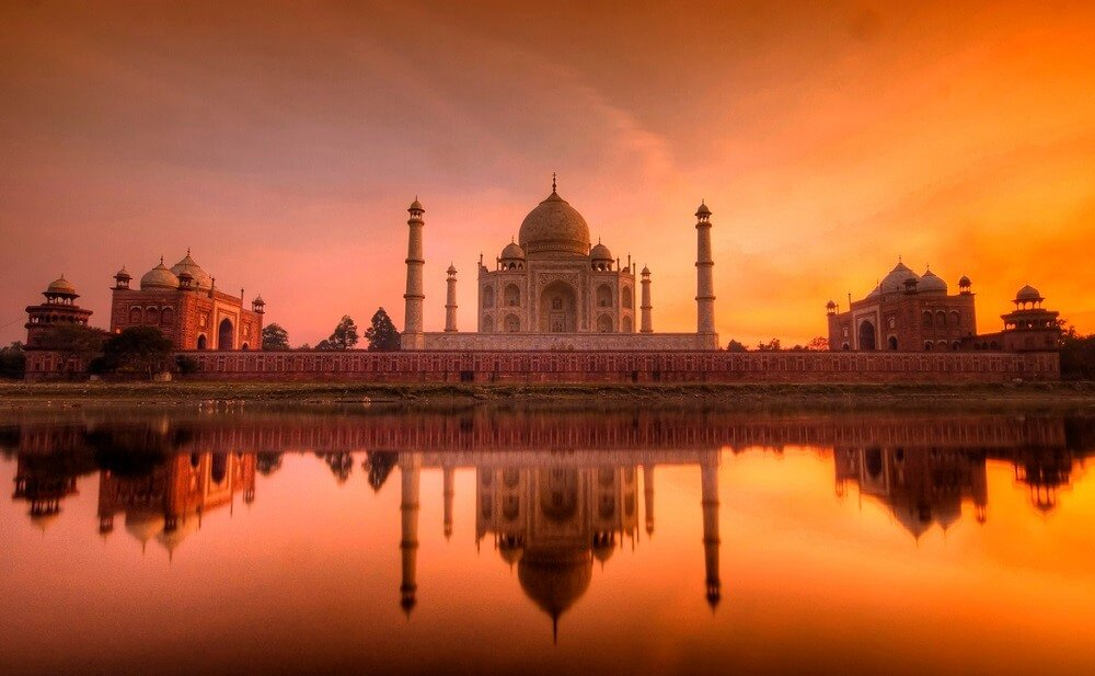 #15 Beautiful Prewedding Shoot Locations In Agra To Spruce Up Your Romance