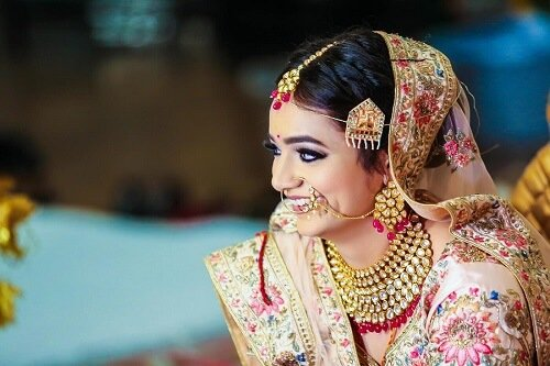 30 Real Brides Share Their Beauty Secret With Us!
