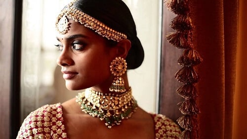 Sabyasachi's Heritage Jewelry: A Passionate Essence O...