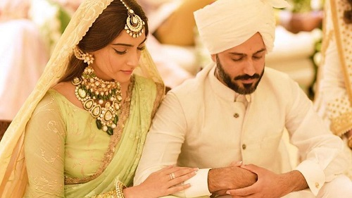 Bollywood Celebrity Couples That Shook Us With Their Wedding Fashion!