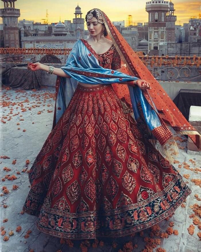 World Of Diva'ni Couture: Unfolding The Charm Of Old-World Fashion!