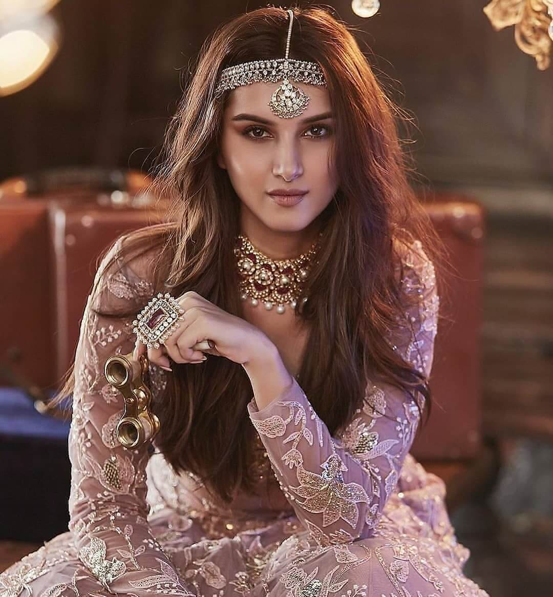 Glamorous Matha Patti Designs For 2020 Brides To Flaunt Like A Diva At Their Wedding!