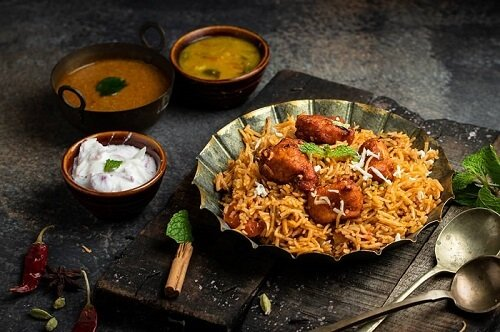 Some Best Hot Tasty Biryani Varieties for Weddings