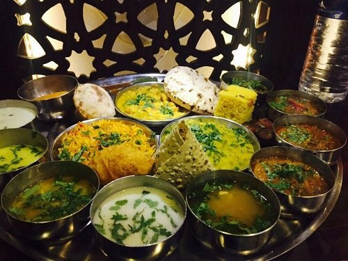 Best Famous Foods in Indore City for Your Wedding Menu: Yummy, Crispy and Tasty