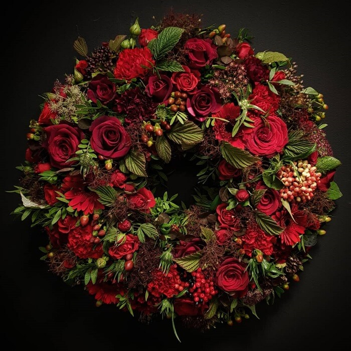 Creative Wedding Wreath Decor Ideas: Wreath-up Your Wedding