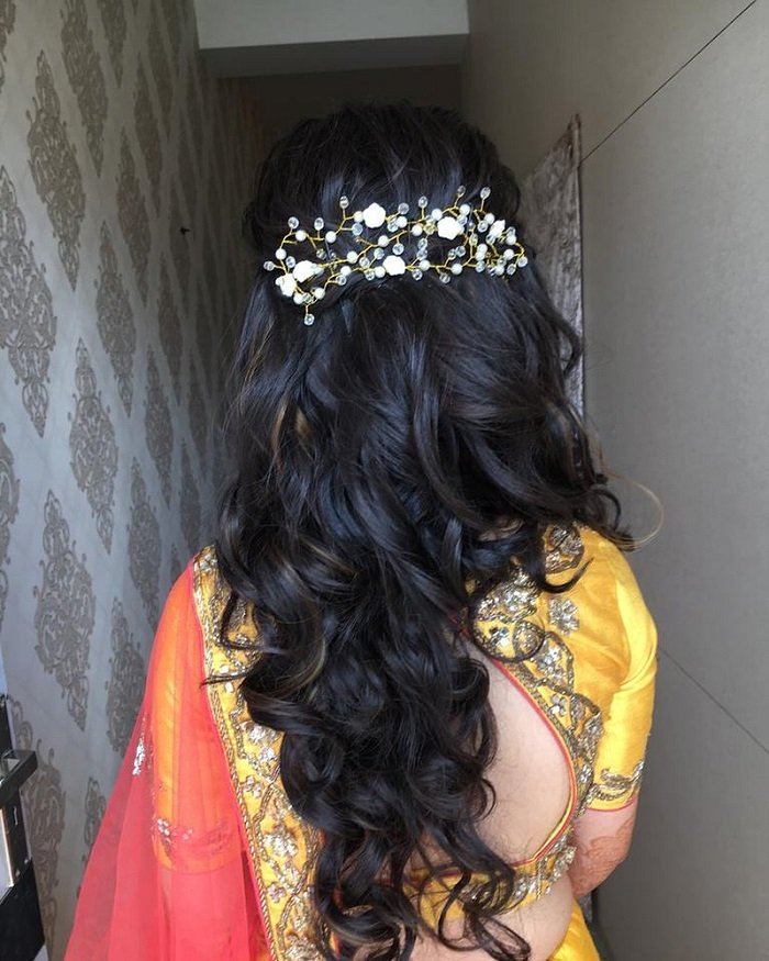 20 Bridal Hairstyles For Mehndi And Sangeet Function You Must Try At Your Wedding