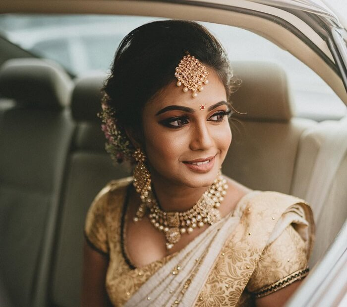 7 Classy Maang Tikka Hairstyles For Brides Of 2020