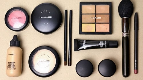 10 Quintessential Cosmetics For Creating The The Perfect Bridal Makeup Kit