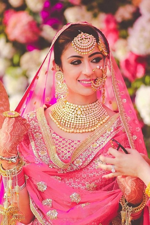 Stunning Punjabi Hairstyles For The Perfect Sodi Kudi Punjabi Bridal Look