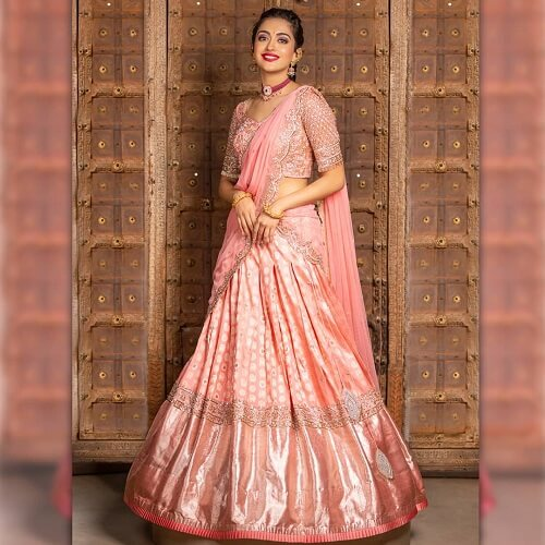 Ravishing Lehenga Style Saree Designs For An Offbeat Wedding Look In The Year 2021!
