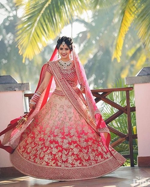 30 Pretty Ombre Bridal Lehengas Perfect For The Crimson Bride Of 2020