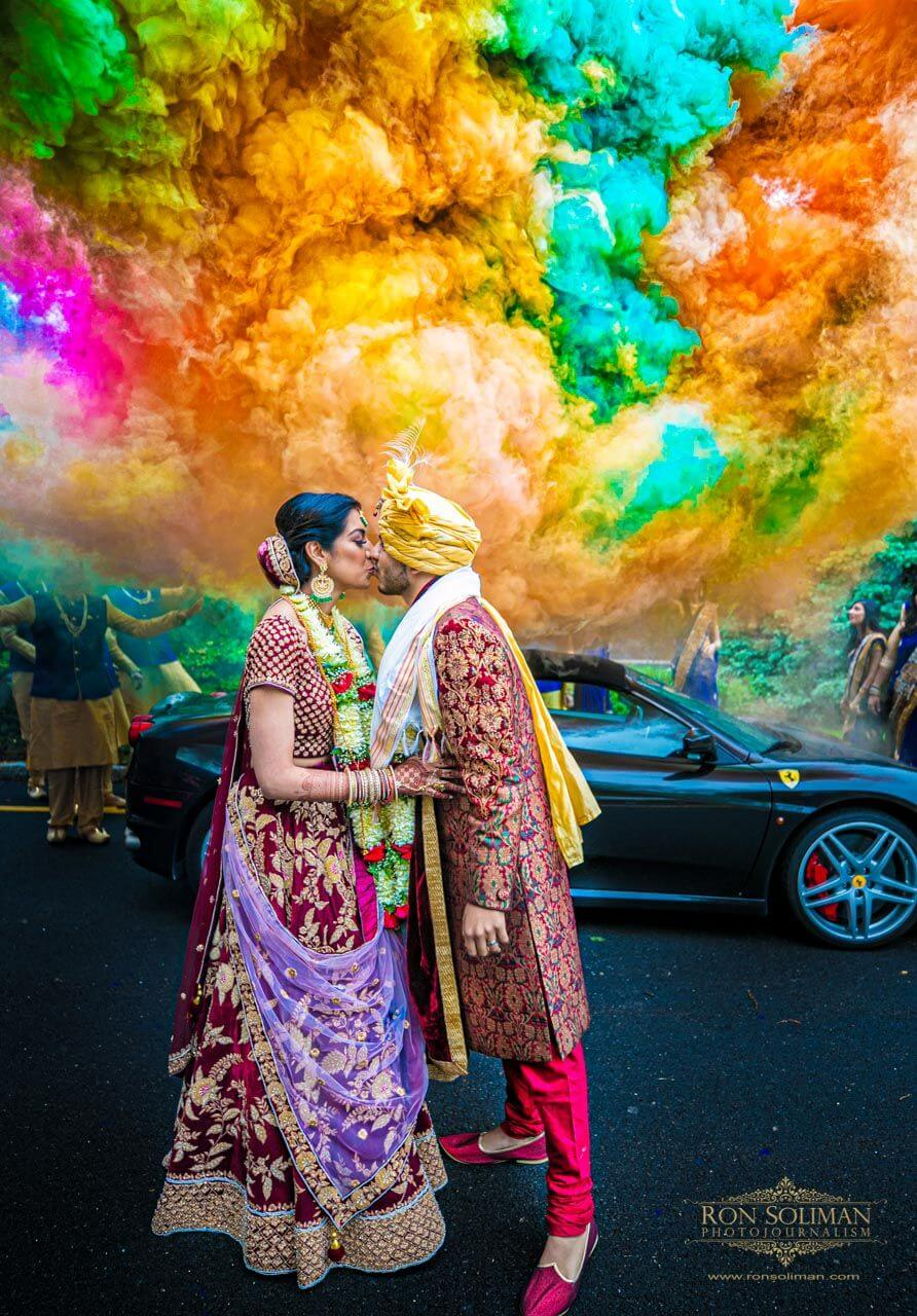 20 Trendy Smoke Bomb Photography Ideas For Your Special Wedding Album